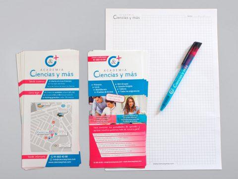 Papelería, bolígrafos y flyers Ciencias y más